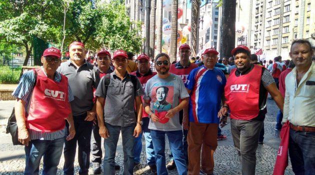 Sipetrol participa de ato contra reformas da Previdência e trabalhista