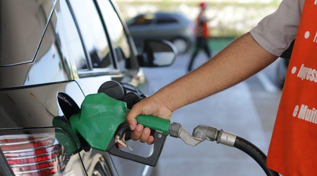 Petrobras reajusta preços de gasolina e diesel nas refinarias pela 12ª vez em maio